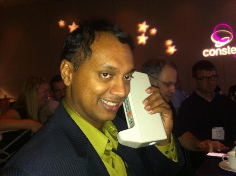 Constellation Supernova 2011 - Playing with the world's first Cellphone by Marty Cooper (at dinner with Paul Greenberg and Jeff Nolan)